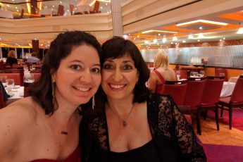 mother-daughter-cruise