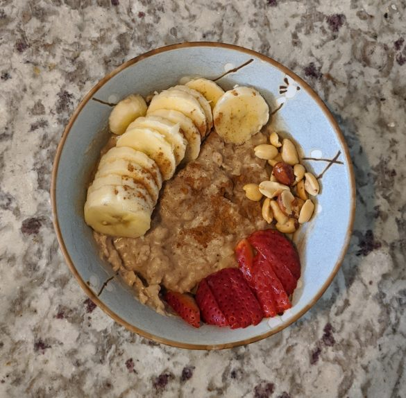 No Added Sugar Oatmeal with Peanut Butter, Banana, and Strawberries